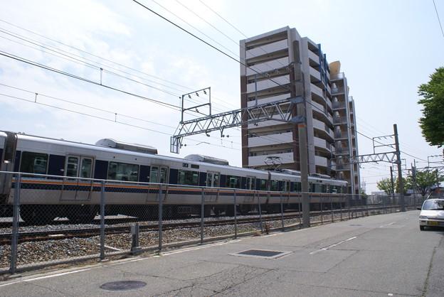 福知山線事故現場を走る電車 上り線