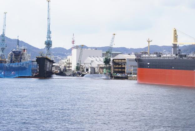 神戸港めぐり_06 川崎重工業 自衛隊潜水艦