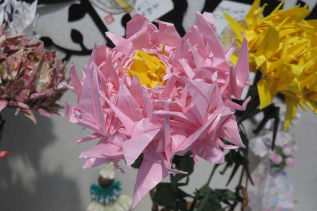 文化作品展 折り鶴の菊