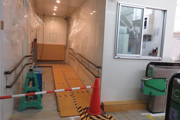 花隈駅 新しいトイレ入口