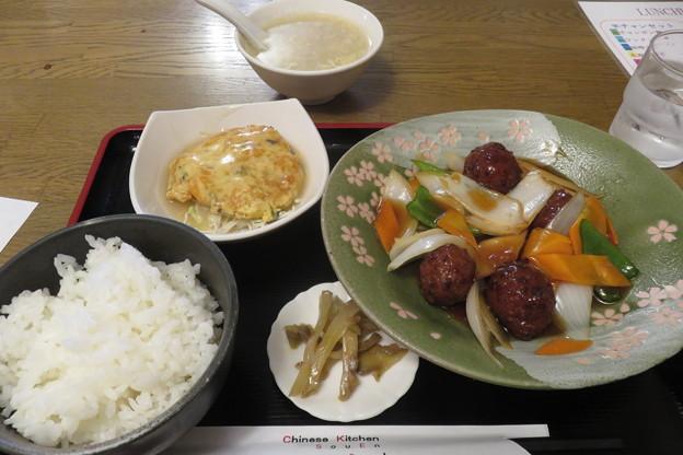 中華双えん 日替わり定食