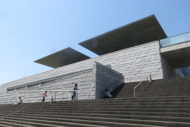 県立美術館 海のデッキ_03