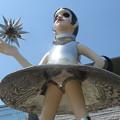 Photos: 県立美術館 巨大な少女_02