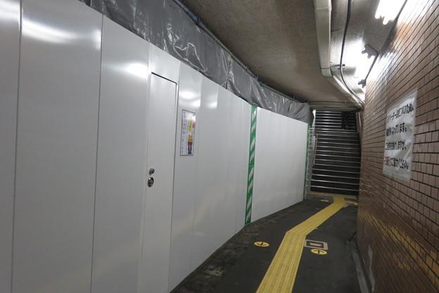 花隈駅バリアフリー 地下通路_06
