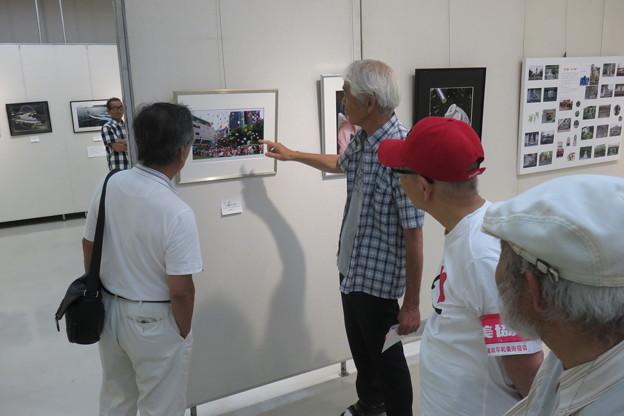 平和美術展 写真の交流会_04