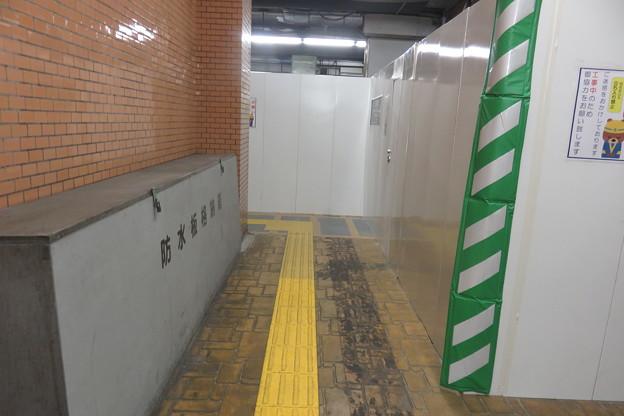 花隈駅 上りホームの工事_03