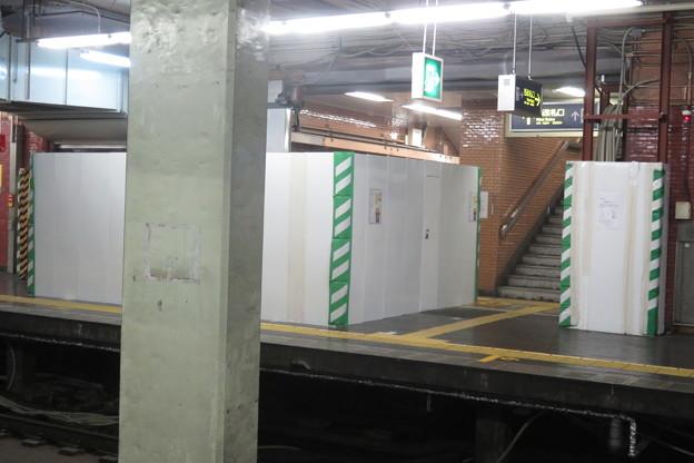 花隈駅 上りホームの工事_04