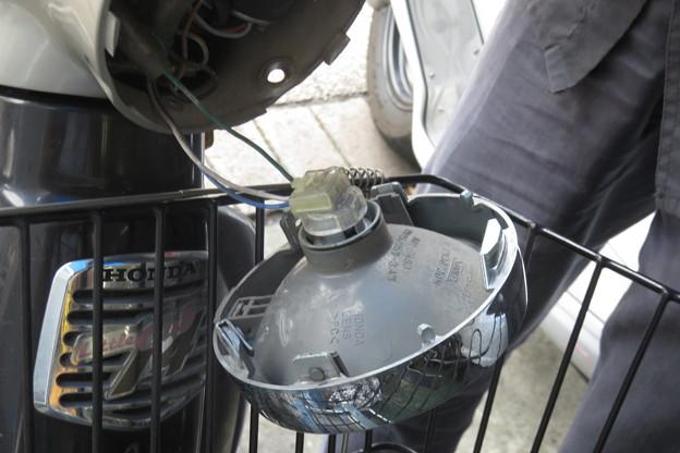 バイク ヘッドライト交換_02