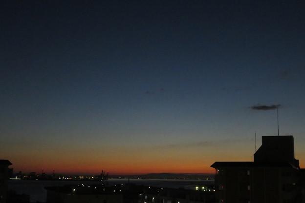 ポートアイランド 夜明け前_01