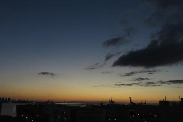 ポートアイランド 夜明け前_02