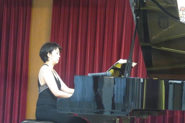 ヴィオラとピアノの演奏_03