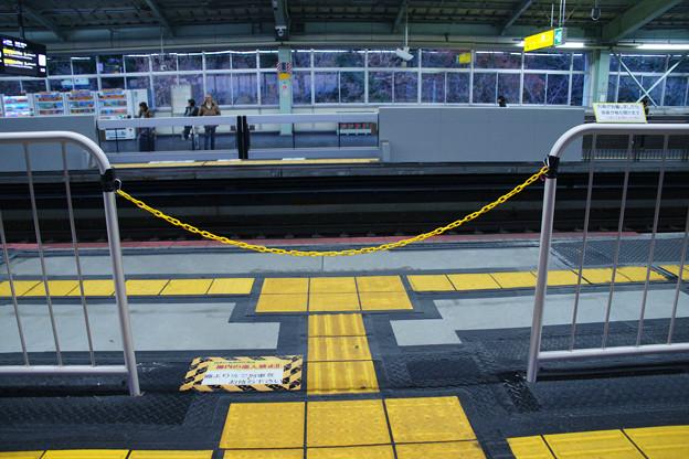 新神戸 手動のゲート_02