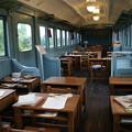 Photos: 電車の中は教室_02