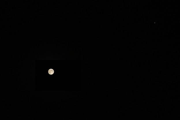 ストロベリームーンと木星