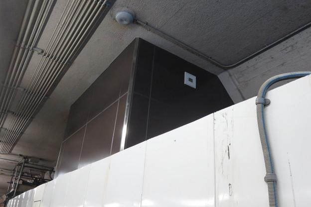 花隈駅 エレベーター完成間近_03