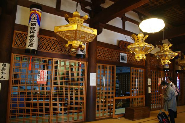 高月 渡岸寺観音堂参拝_05