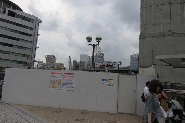 JR三ノ宮~阪急三宮2階連絡通路封鎖_02