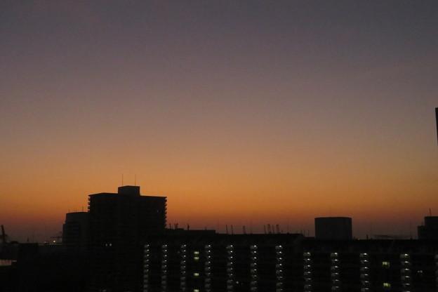 ポートアイランド夜明け前_01