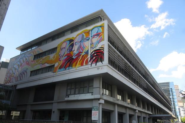 神戸市役所2号館壁画_08