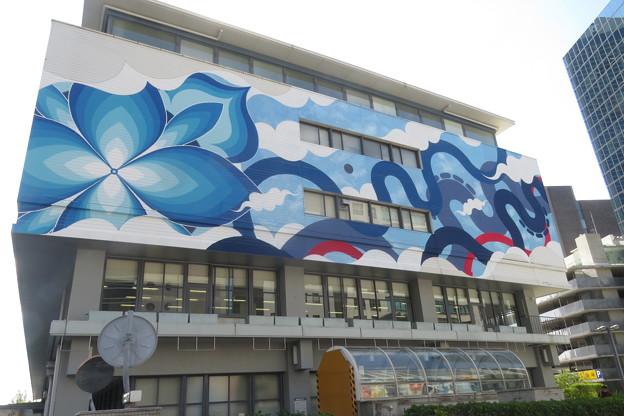 神戸市役所2号館壁画_01
