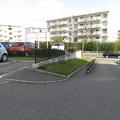UR駐車場の駐車枠_02