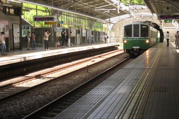 妙法寺駅 入線する電車