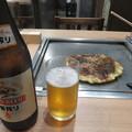 スジのお好み焼きとビール_01