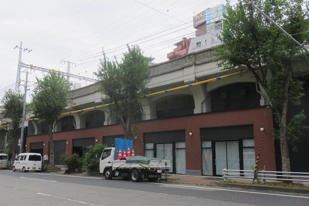 元町高架下3 リニューアル_01