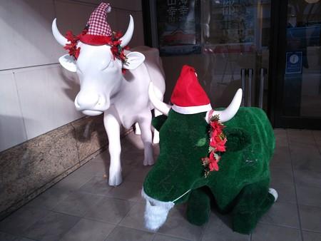 丸の内カフェのクリスマス牛