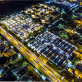写真: Night time flying