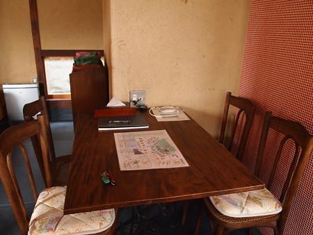 ミシンのテーブル