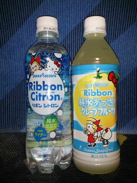 リボンシトロン、リボン純水あっさりグレープフルーツ キティコラボラベル