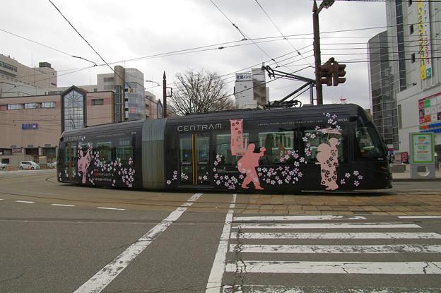 Photos: s0129_富山地鉄9003号_富山駅前