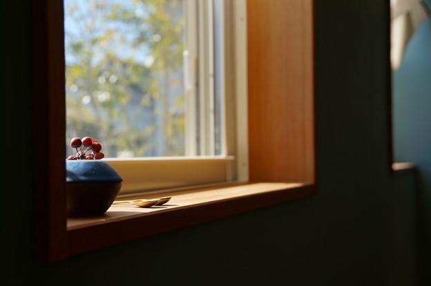 午後の窓辺