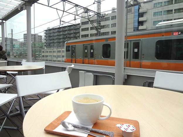 旧万世橋駅のカフェ