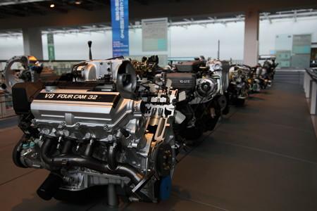 初代セルシオエンジン 1UZ-FE