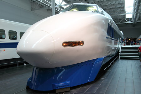 私が初めて乗った新幹線100系