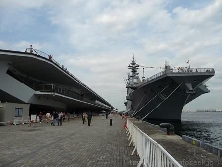 121012-大桟橋 海自観艦式(30)