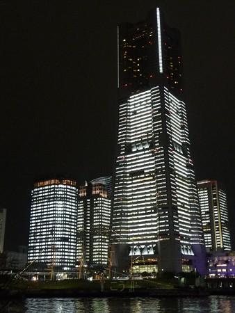 121221-みなとみらい(汽車道) (14)