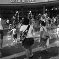 Photos: 水と戯れる子供達^^