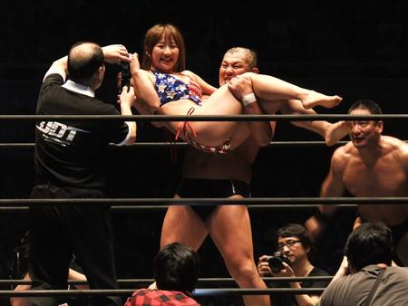 DDT 武道館ピーターパン 〜DDTの15周年、ドーンと見せます超豪華4時間SP!〜  日本武道館 (12)