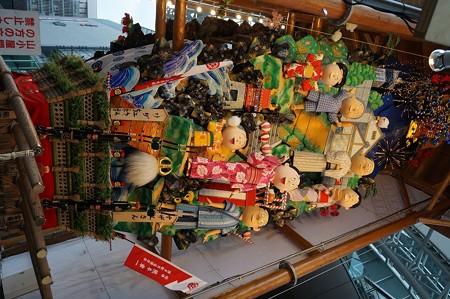 02 博多祇園山笠 飾り山 博多駅 2013年 サザエさん写真07