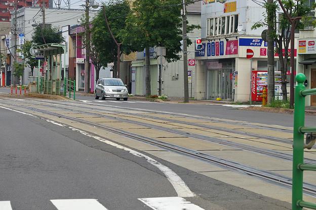 写真: 函館市、杉並町駅