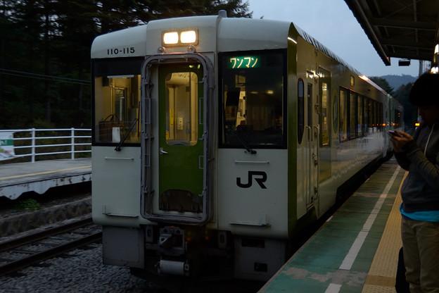 清里駅上り線到着