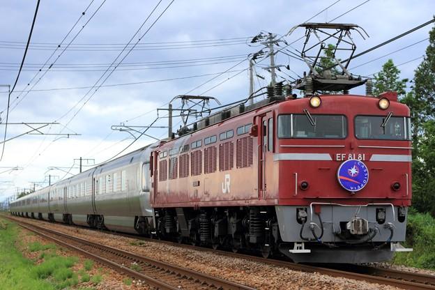 9011レ EF81 81+E26系 12両