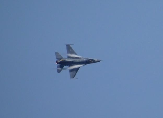 F-16ベイパー