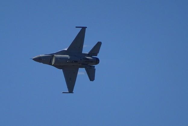 F-16アップ