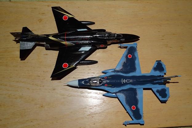 F-4&F-2