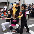 Photos: 地元の大学生による大道芸 (横浜市中区野毛町)