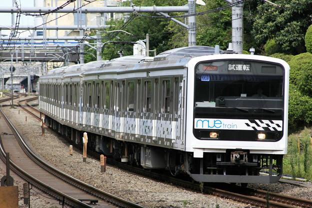 mue train (Tele-tessar 4/300mmの作例1)
